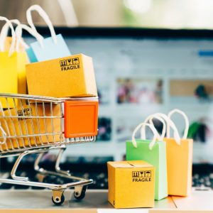 Uno studio su E-COMMERCE e MARKETPLACE in Italia